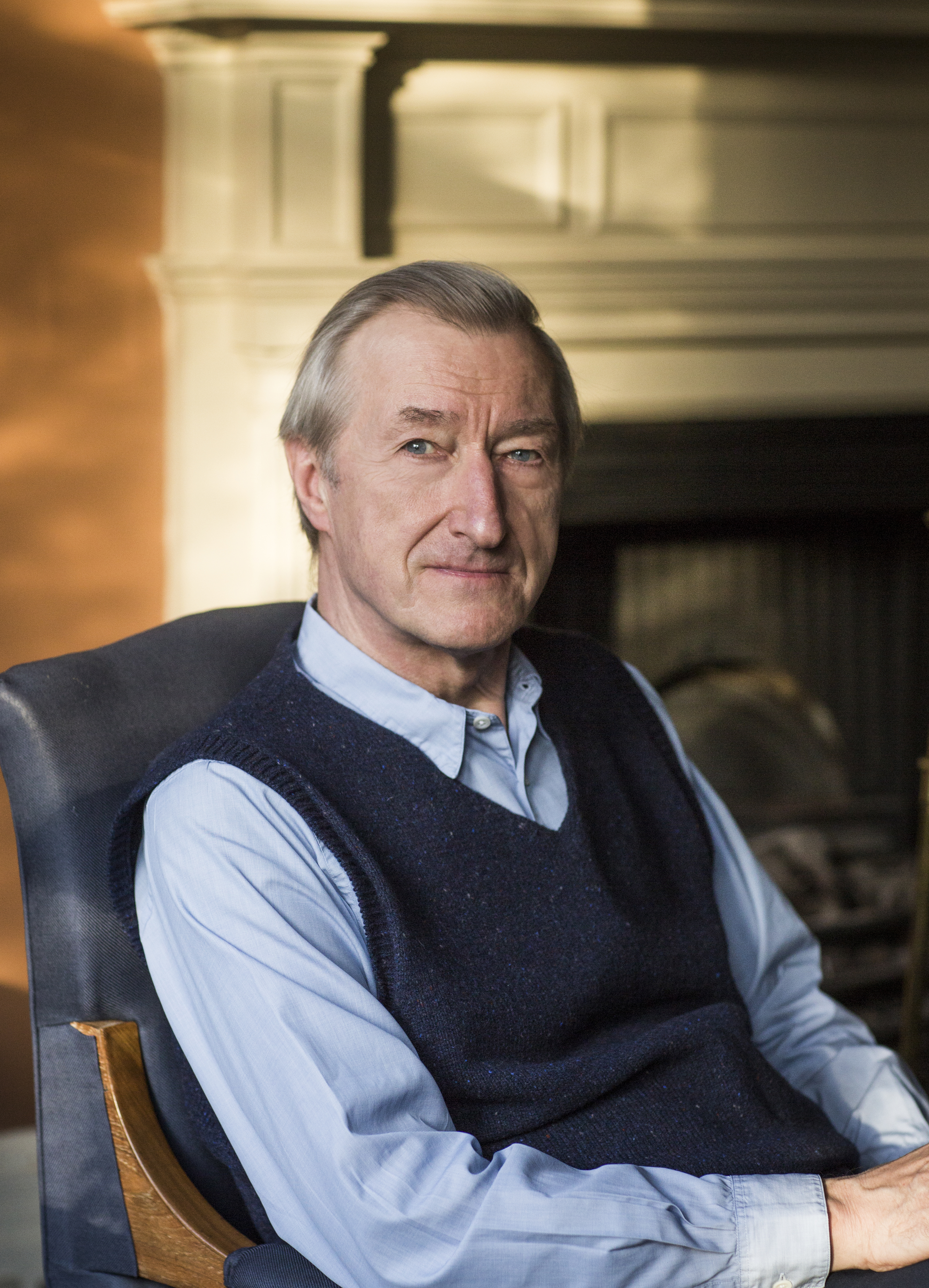Julian Barnes headshot