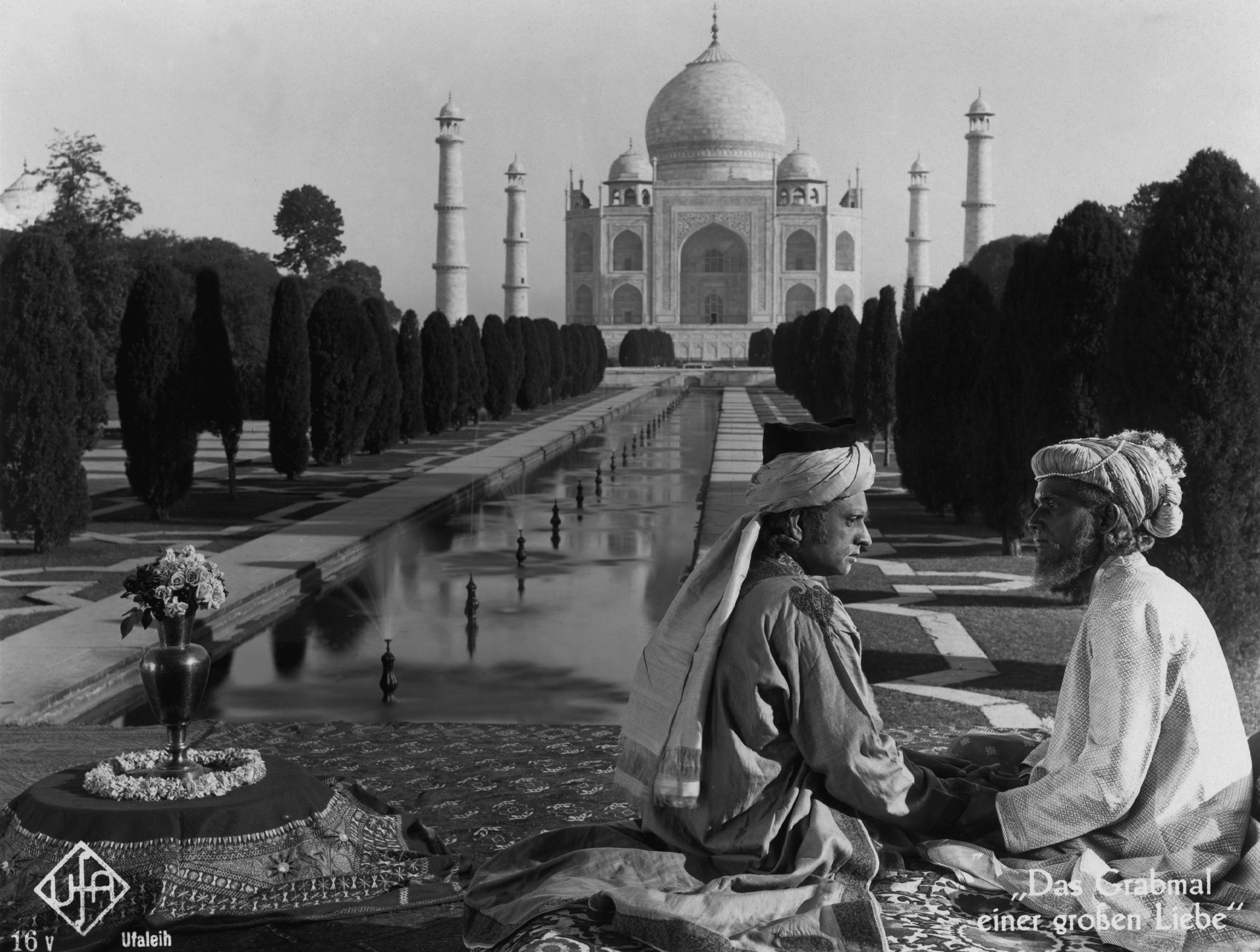 A still from Shiraz: a Romance of India (1928)